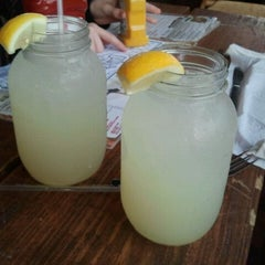 Photo taken at Pluckers Wing Bar by korkypeachmom on 4/24/2011