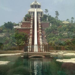 Photo taken at Siam Park by Adrián d. on 11/6/2011