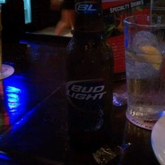Photo taken at Stadia Sports Grill by Monekia R. on 8/21/2011