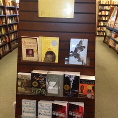 Photo taken at Barnes & Noble by Mary on 8/22/2012