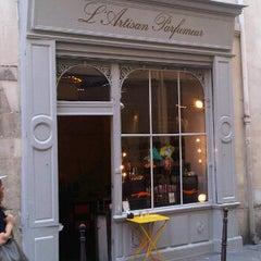 Photo taken at L'Artisan Parfumeur by Sara B. on 9/2/2011