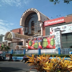 Photo taken at Hi-Tech Mall by Ronal A. on 6/20/2012