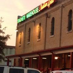 Photo taken at Spaghetti Warehouse by Christina on 8/11/2012