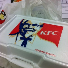 Photo taken at KFC by Wanderson C. on 5/9/2012