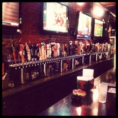 Photo taken at Broadway Brewhouse by Maxime L. on 8/14/2012