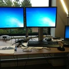 Photo taken at Microsoft, Bldg 121 by Joonseok O. on 6/7/2012