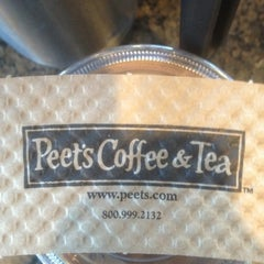 Photo taken at Peet's Coffee & Tea by Frank B. on 2/11/2012