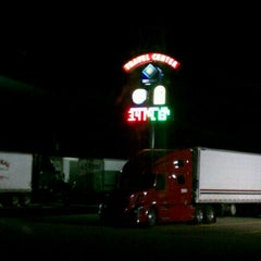 Photo taken at TravelCenters of America by アケダ 須. on 8/23/2012