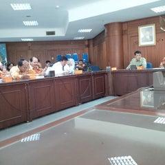 Photo taken at Kantor Gubernur Sumatera Utara by Zaman K Mendrova k. on 3/6/2014