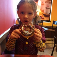 Photo taken at Dunkin Donuts by Jonathan F. on 1/8/2014