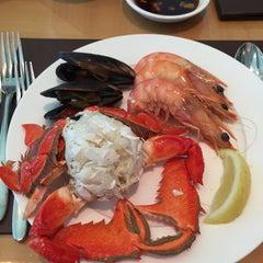 Photo taken at Melba Restaurant by Tin I. on 12/17/2014