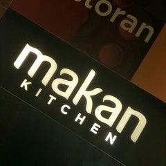 Photo taken at Makan Kitchen by StevLee L. on 12/6/2015