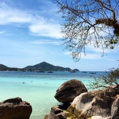 Photo taken at Koh Tao Cabana by 🌷Оксана Р. on 4/3/2015