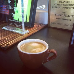 Photo taken at Kona Mountain Coffee by Andy S. on 10/12/2015