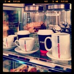 Photo taken at Aroma Espresso Bar by Abylkassym Z. on 1/25/2013