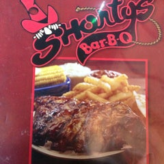 Photo taken at Shorty's BBQ by Lolita T. on 1/31/2013