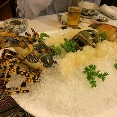 Photo taken at Song Ngu Seafood Restaurant by Ayumu N. on 12/12/2014