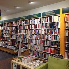 Photo taken at Casa del Libro Zaragoza by Enrique R. on 3/7/2015