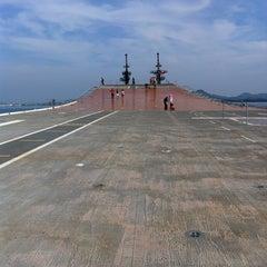 Photo taken at เรือหลวงจักรีนฤเบศร (HTMS Chakri Naruebet) by ปัณณวัฒน์ on 1/1/2013
