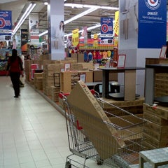 Photo taken at Carrefour by Rizawanto K. on 3/3/2013