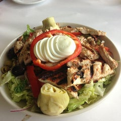 Photo taken at El Puerto Argentinean Grill by Jgold on 3/1/2013