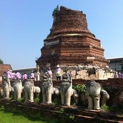 Photo taken at วัดธรรมิกราช (Wat Thammikarat) by Metthawee P. on 12/13/2012