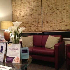 Photo taken at Massage Envy Spa - Leawood - Camelot Court by Terry T. on 2/4/2013