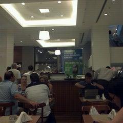 Photo taken at Figaro Café by Júlio M. on 12/26/2012