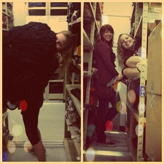 Photo taken at American Eagle Outfitters by Madison L. on 12/21/2012
