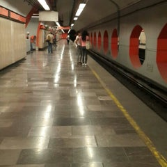 Photo taken at Metro Aquiles Serdán (Línea 7) by Mel B. on 5/1/2016