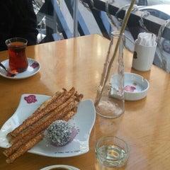 Photo taken at Cake City by Şyda G. on 12/14/2015