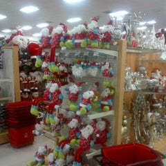 Photo taken at Farmacias Arrocha by Ricardo S. on 11/5/2012