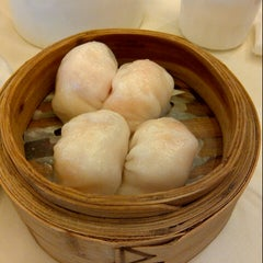 Photo taken at Bamboo Garden Restaurant by Vincent K. on 12/29/2012