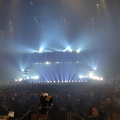 Photo taken at AccorHotels Arena by Yayel Y. on 9/17/2013