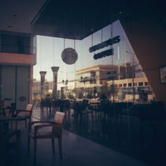 Photo taken at Starbucks | ستاربكس by Aziz A. on 11/30/2012