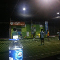 Photo taken at Planet Futsal by Ayu C. on 12/29/2012