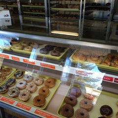 Photo taken at Carol Lee Donuts by Kiki on 1/10/2015