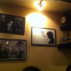 Photo taken at Cafe Morrison by vishal on 6/7/2013