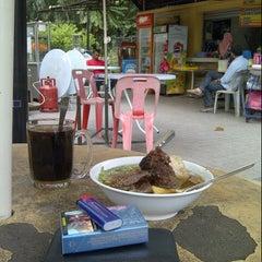 Photo taken at Gerai Bawah Pokok, Taman Tasik Perdana. by Mohd Yusof H. on 10/31/2012
