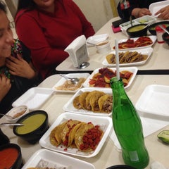Photo taken at Tacos Samurai by Miriam R. on 1/21/2015