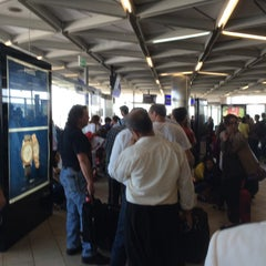 Photo taken at İç Hatlar Gidiş Terminali by Ali Z. on 7/12/2015