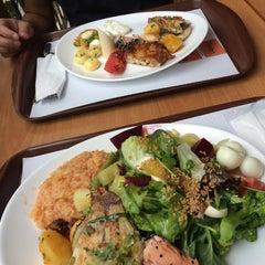 Photo taken at Old House Restaurante by Thiago B. on 11/24/2015