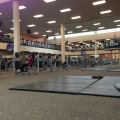 Photo taken at LA Fitness by Ryan L. on 12/22/2012