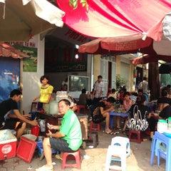 Photo taken at Hồ Văn Chương (Van Chuong Lake) by Masaya H. on 9/15/2013