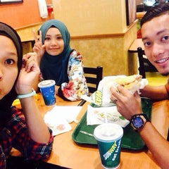 Photo taken at SUBWAY by Hurin D. on 10/28/2014
