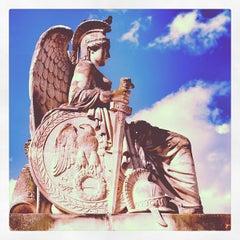 Photo taken at Arc de Triomphe du Carrousel by Florent S. on 7/28/2013