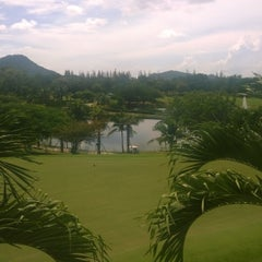 Photo taken at Springfield Village Golf And Spa Cha-Am by zimzaka s. on 8/23/2014