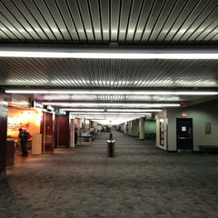 Photo taken at Piedmont Triad International Airport (GSO) by Rudi on 1/2/2013