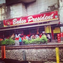 Photo taken at Bakso President by Velushomaz on 1/3/2013