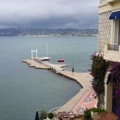 Photo taken at Hôtel Belles Rives by Kiwhan S. on 10/14/2014